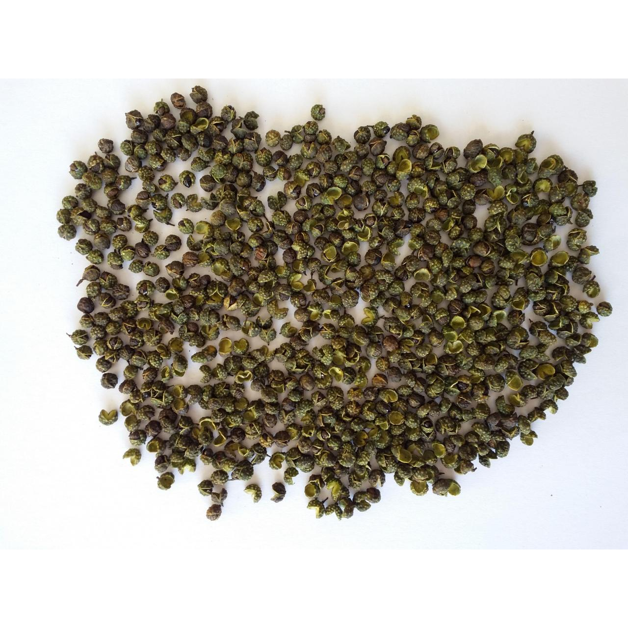 Sichuan peppercorns Spice seasoning green sichuan pepper whole peppercorns
