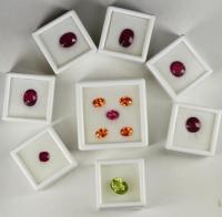 China Gem box in white/black color, gemstone display box wholesale on sale