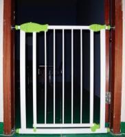 China Auto Stair Babies Safety Gates , Adjustable Children Safety Gates on sale